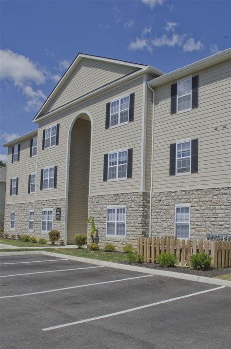 4 bedroom apartments in columbus ohio four pointe columbus oh apartment finder