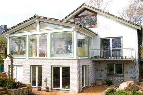 Terrasse Zu Wintergarten Umbauen by Wintergarten Unter Balkon Bauen Innenr 228 Ume Und M 246 Bel Ideen