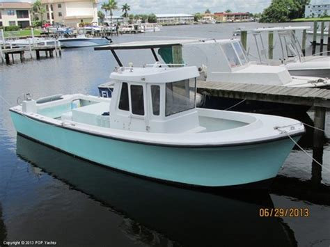 pilot house boat pin pilot house boat plans find on pinterest