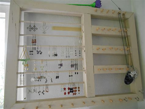 Handmade Jewelry Display Ideas - beaded spiders jewelry journal