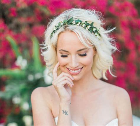 beautiful flower crown ideas  boho chic brides