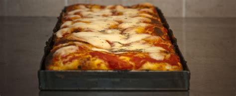 ricetta x pizza fatta in casa pizza fatta in casa veloce e gustosa agrodolce