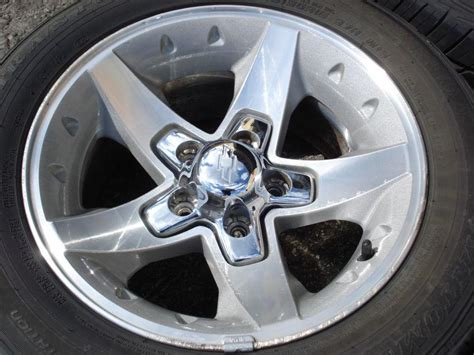 what lug pattern is a s10 sell 16x8 zq8 rim wheel tire set chevy s10 xtreme truck