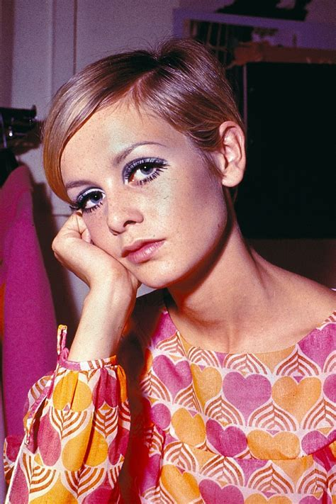 how to apply hippie makeup 10 steps with pictures wikihow how to do sixties make up