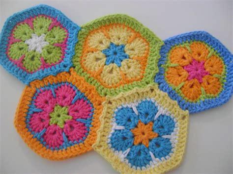 crochet pattern african flower african flower hexagons my new crochet obsession