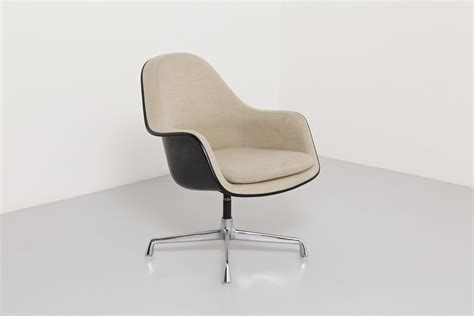 eames armchairs eames armchair with loose cushion modestfurniture com