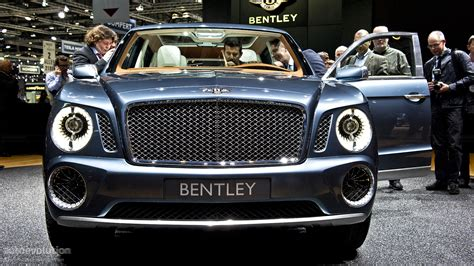 green bentley bentley suv gets production green light autoevolution