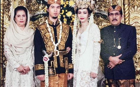ahmad dhani kangen unggah foto pernikahan dengan maia ahmad dhani kangen