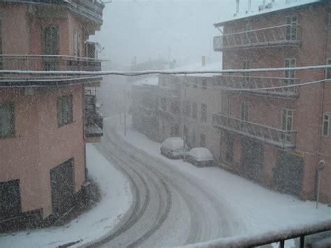 neve a san in fiore san in fiore cs si risveglia sotto la neve le