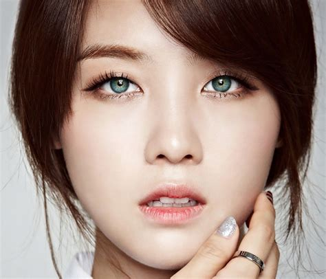 asian with colored contact lenses in k pop are common but it s not
