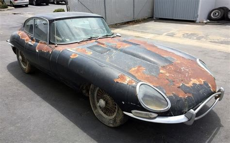 Barn Home by Can You Find A Better 1962 Jaguar E Type