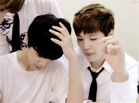 gif wallpaper on iphone yoonmin hand touch animated gif 4288311 by derek ye on