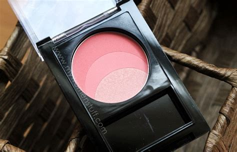 Silkygirl Blush On things are looking rosy and peachy with the