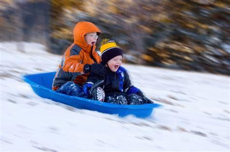 imagenes niños jugando en la nieve jugando en la nieve con ni 241 os