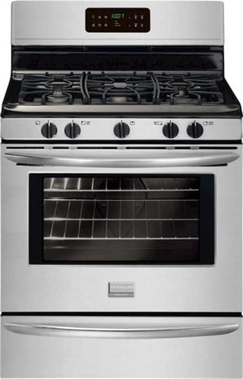 menards kitchen appliances frigidaire gallery 174 30 quot gas freestanding 5 0 cu ft range