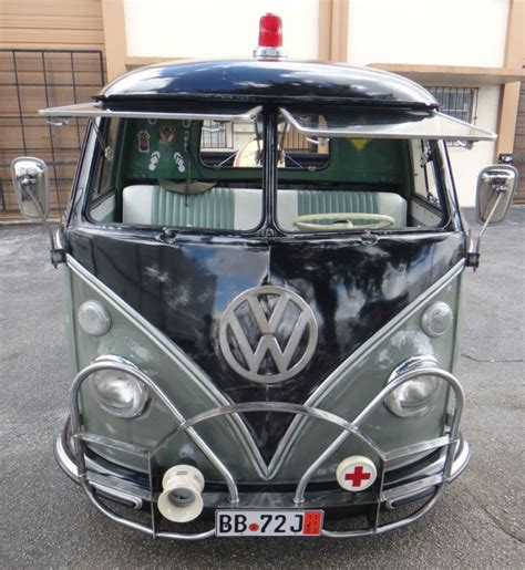 livingroom com 1962 volkswagen t2 model 264 splitting the