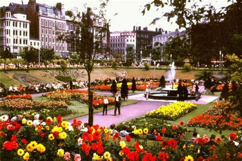 Manchester Gardens by Piccadilly Gardens Caign City Centre Plaza The