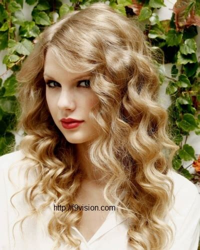easy hairstyles for thick wavy hair easy curly hairstyles the newest hairstyles