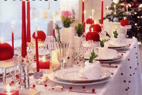 addobbi per la tavola decori natalizi stile ed eleganza per addobbare la
