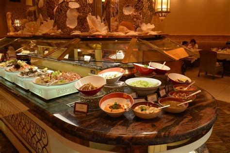 buffet picture of emirates palace abu dhabi tripadvisor