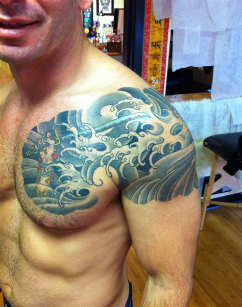 shoulder tattoos men shoulder tattoos for designs ideas and meaning