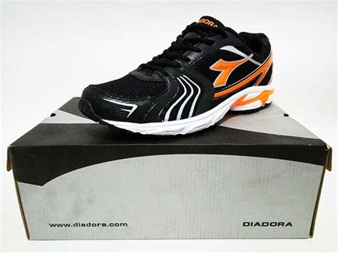 Sepatu Diadora Liberta jual sepatu running diadora original 195 000 cuci