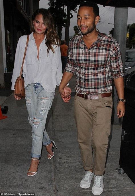 john legend hairstyle chrissy teigan casual style her style chrissy teigen