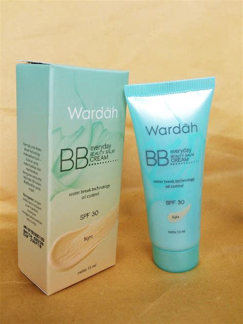 Bb Wardah astrid putrinda bb everyday spf 30 light wardah