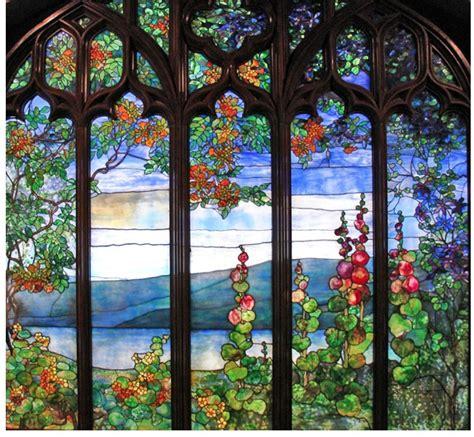 the art glass of louis comfort tiffany louis comfort tiffany 1848 1933 artifact free