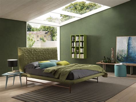 what goes with green what color paint goes with forest green carpet carpet