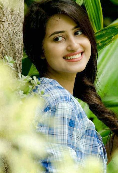 sajal ali photos 18 sajal ali hd wallpapers free download i wallpaper