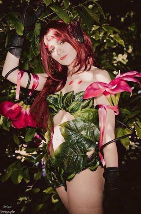 sexiest league  legends cosplay girls  sharenator