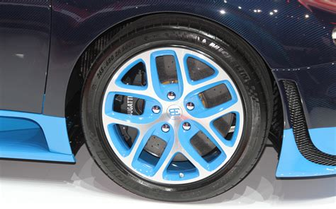 bugatti wheels bugatti on rims imgkid com the image kid has it
