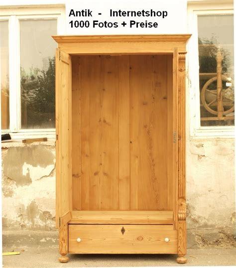 duft fãƒâ r kleiderschrank alter antiker 2 t 252 riger kleiderschrank aus fichtenholz