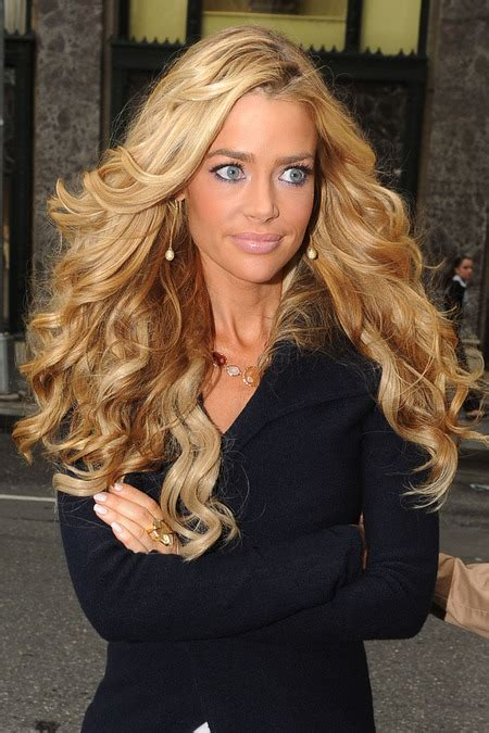 Does Denise Richards Have Extentions | denise richards hair extensions