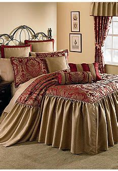 luxury bed coverlets home accents 174 regency 8 piece luxury bedspread ensemble at