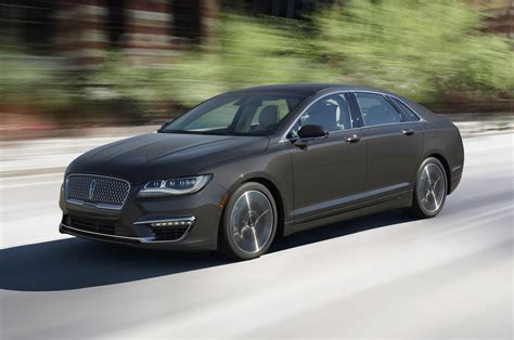 lincoln mkz review 2017 lincoln mkz look review motor trend