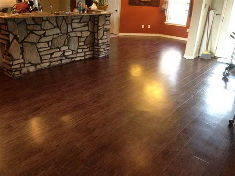 Vinyl Flooring Wood Planks by Luxury Vinyl Tile Vs Hardwood Flooring Vinyl Flooring