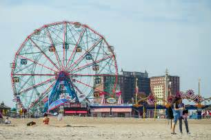 guide to coney island ny s most popular seaside attraction