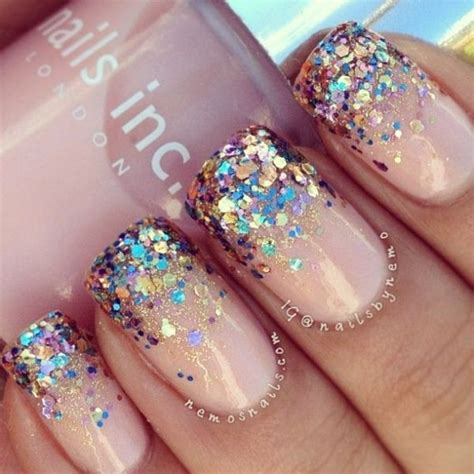 Nails Glitter glitter nail for a look that will get you noticed