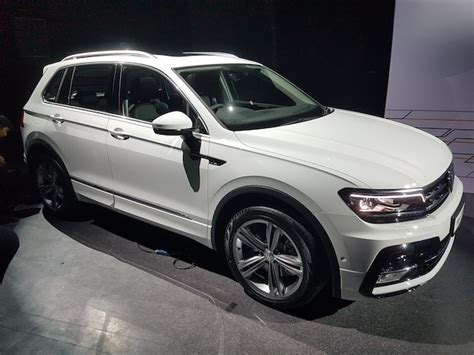 volkswagen singapore new vw tiguan slinks into singapore