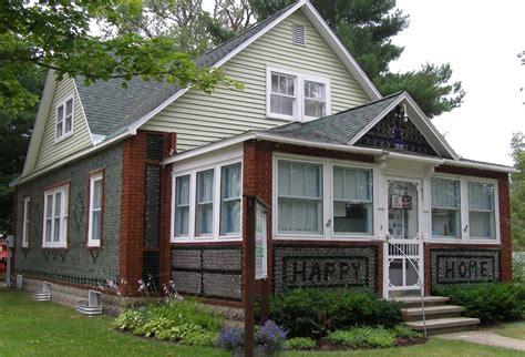 bottle house file kaleve bottle house jpg wikipedia