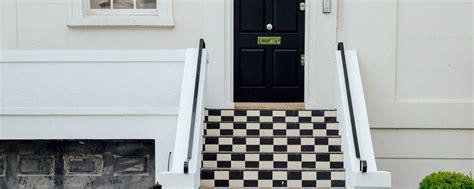 regolare porta blindata come regolare una porta blindata finmaster porte massello