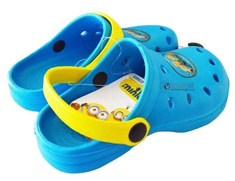 Promo Sandal Crocs Minions official minion crocs slip on sandals teenagers despicable me uk24 34 ebay