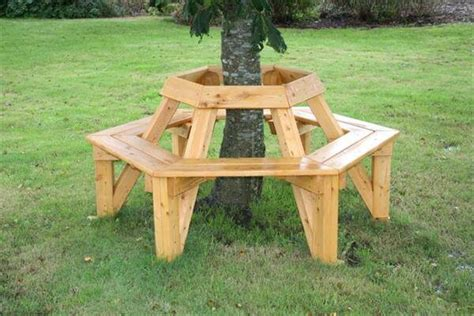 diy tree bench 16 recycled outdoor wood furniture ideas newnist