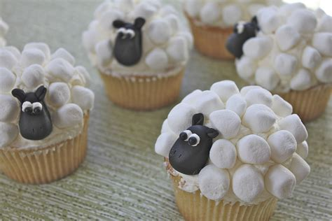 Fourth Of July Home Decorations sheep cupcakes
