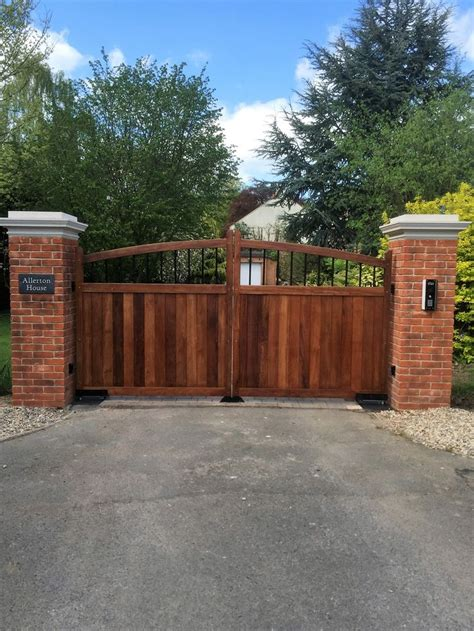 Wooden Soutern Grind 25 b 228 sta electric gates id 233 erna p 229 grind