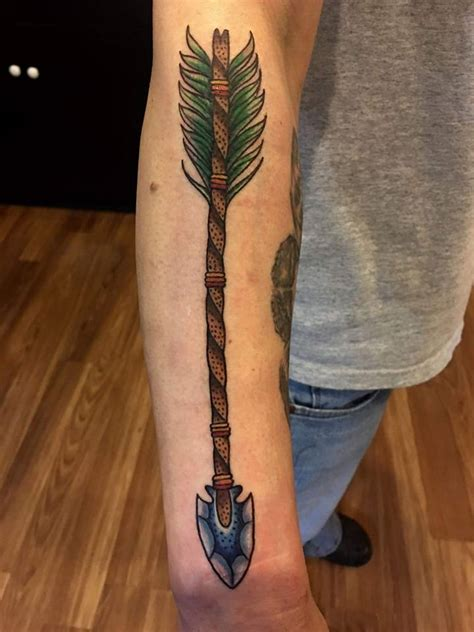 traditional arrow tattoo traditional broken arrow