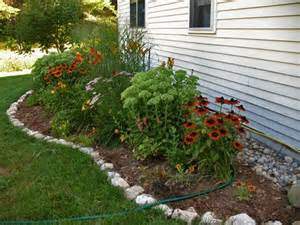 17 best ideas about rock edging on pinterest rock border flower bed edging and landscaping