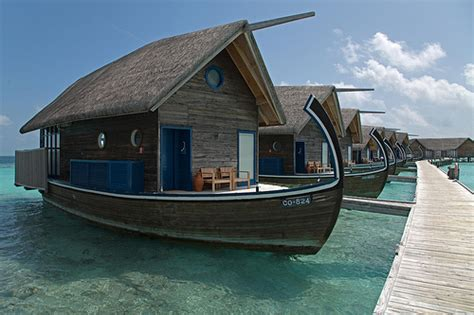 boat house builders maldive islands houseboats budget boating houseboats